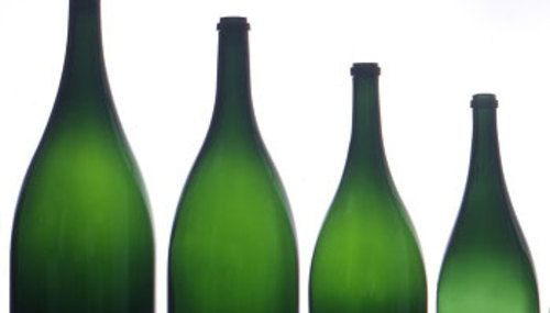 Wine bottle sizes made easy!